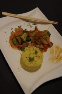 Buntes Curry mit Kurkuma - Reis